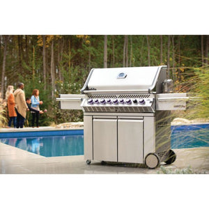 Napoleon Prestige Pro 665 2020 Model 8 Burner Gas Barbecue