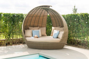 Tuscany Lotus Daybed by Maze Rattan - Gardenbox