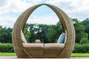 Tuscany Tulip Daybed by Maze Rattan - Gardenbox
