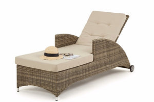 Recline the back rest of the wicker style rattan garden sun lounger by Gardenbox