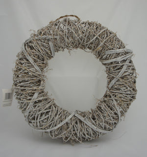 Shabby Chic Oval Shaped White Rattan Wreath - Gardenbox