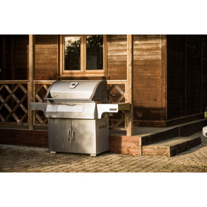 Napoleon PRO605 Ultimate Charcoal Barbecue
