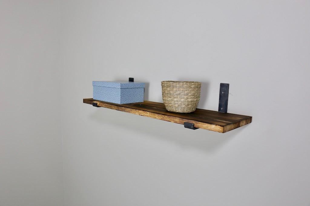 ZIITO H3 - Wood shelf with steel bracket above shelf