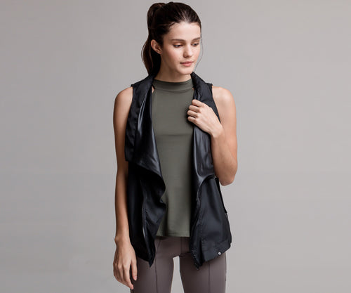 BLACK LIGHT SPORT VEST - Adrenalina AW | Luxury Activewear