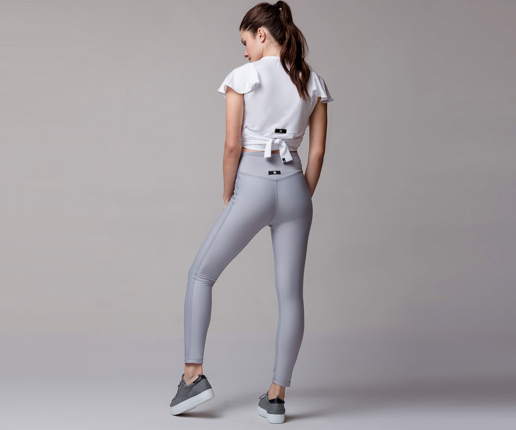 LIGHT GRAY CLASSIC HIGH WAIST LEGGINGS - Adrenalina AW | Luxury Activewear