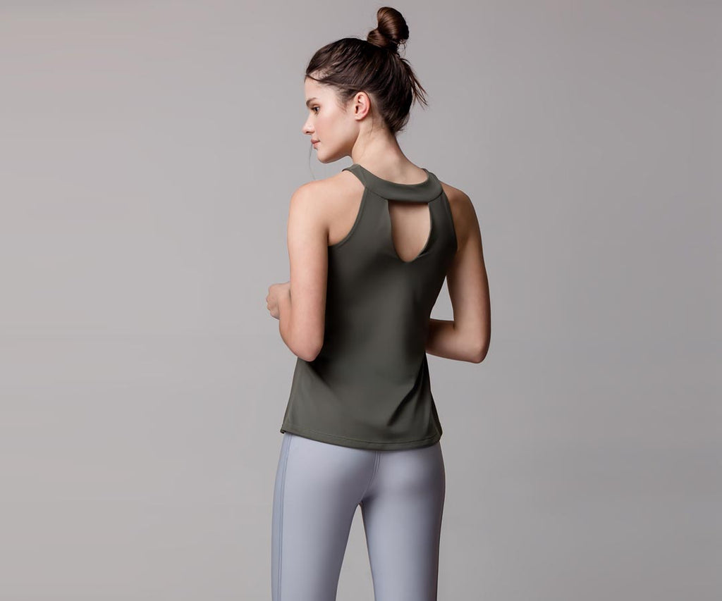 GRAY HALTER TANK TOP - Adrenalina AW | Luxury Activewear