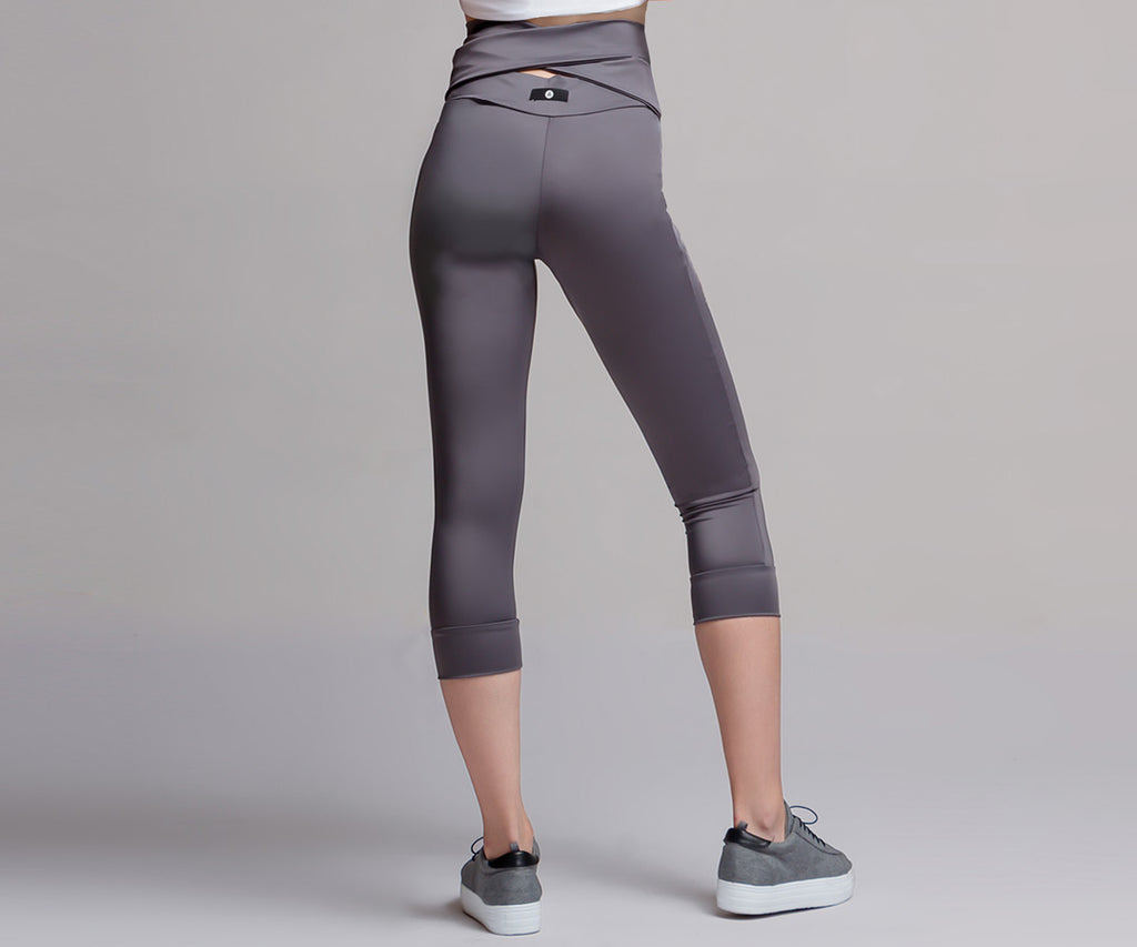 GRAY MID RISE LACE LEGGINGS - Adrenalina AW | Luxury Activewear