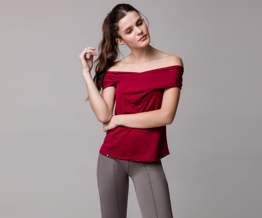 RED OFF-SHOULDER SHIRT - Adrenalina AW | Luxury Activewear