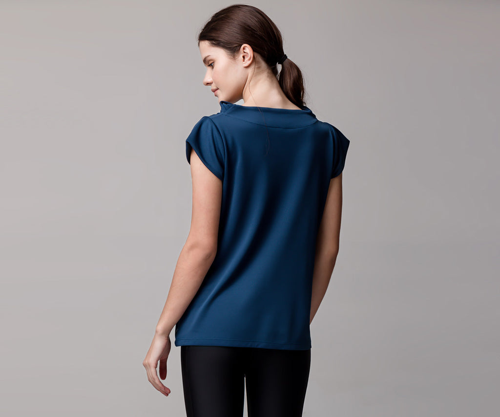 BLUE SHORT-SLEEVE TANK WITH POCKETS - Adrenalina AW | Luxury Activewear