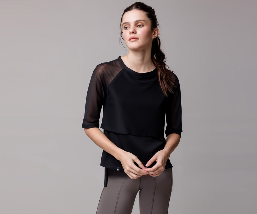 BLACK SHORT-SLEEVE MESH SHIRT - Adrenalina AW | Luxury Activewear