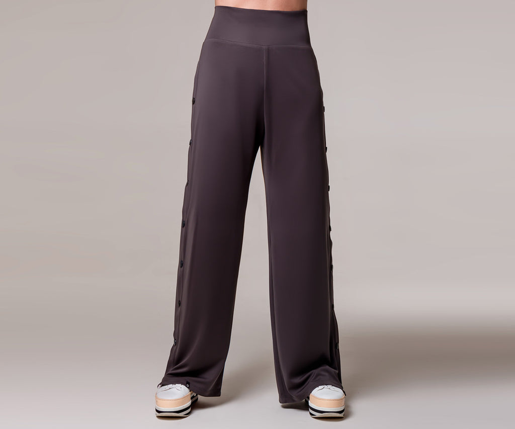 GRAY WIDE SNAP PANTS - Adrenalina AW | Luxury Activewear