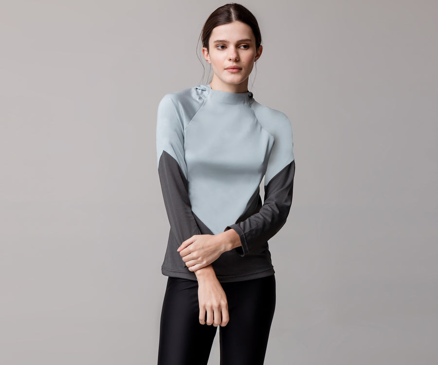 GRAY V HOODED SHIRT - Adrenalina AW | Luxury Activewear