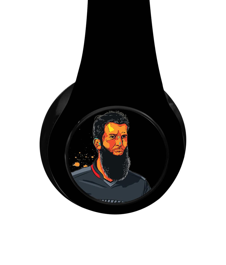 Splash Illustration Moeen Ali - Decibel Wireless On Ear Headphones