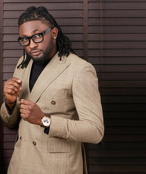 KRÈME CHATS WITH Uti Nwachukwu is a TV presenter , Actor, Model , Events Compere , musician and winner BBA all stars