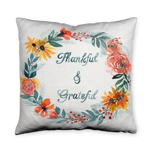 Charnea Thanksgiving Wreath Throw Pillow