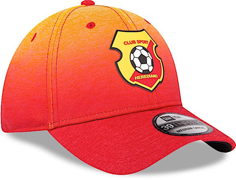 Club Sport Herediano Gorra 39THIRTY Cerrada Roja con Degradación y Tecnología Shadow de New Era