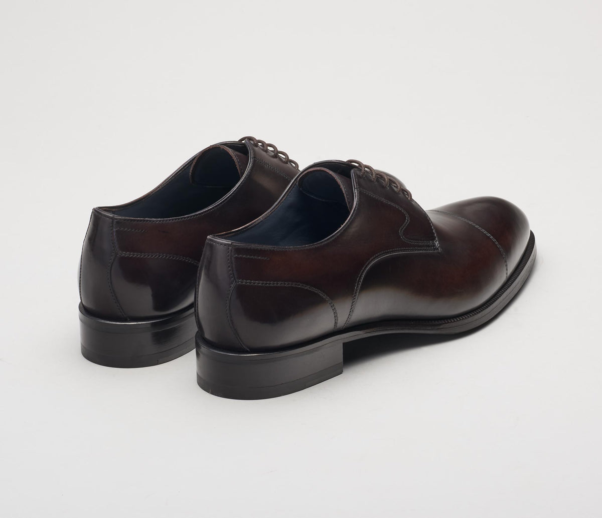 Bergamo Leather Laceup in Nero Fondente