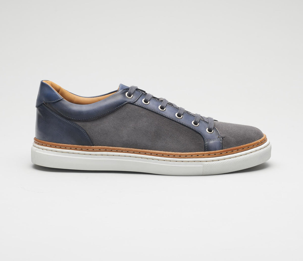 The Binetto Incenso Men's Dress Sneaker