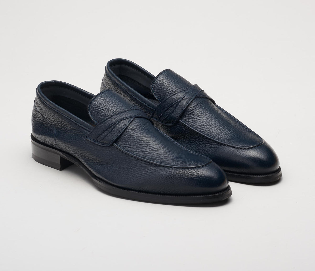 Men's blue loafer in soft pebble grain leather, made in Italy, handmade
