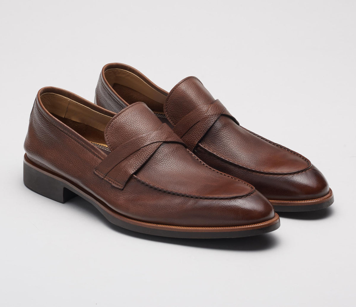 Corsica Leather Loafer in Cacao
