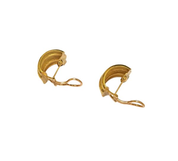 Elizabeth Locke Amalfi Gold Huggie Earrings