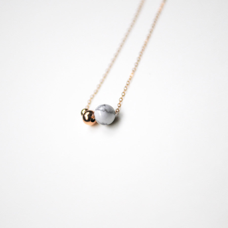 BIRDY NECKLACE