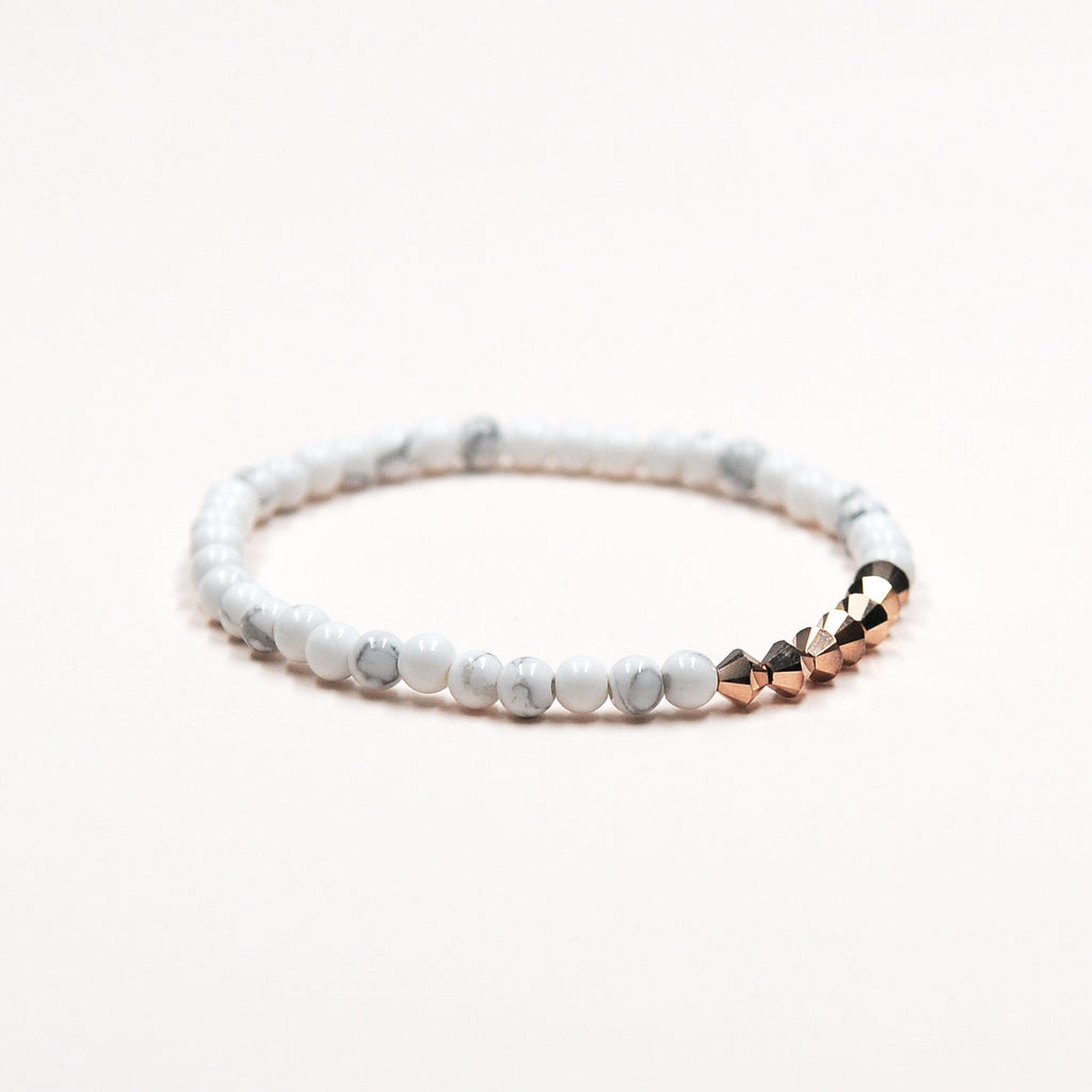 TINY DIAMONDS BRACELET