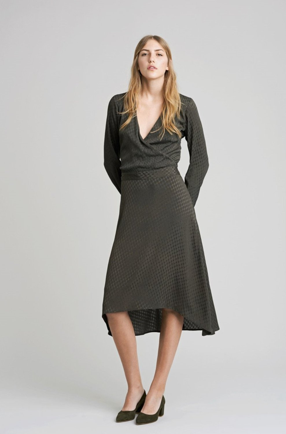 Nete Dress (Brown Olive)