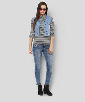 Yepme Serein Sleeveless Denim Jacket - Light Wash