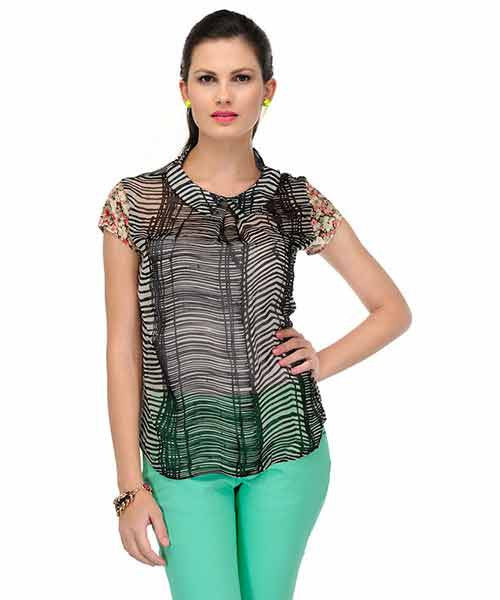 Yepme Maisie Printed Top - Black & Ecru