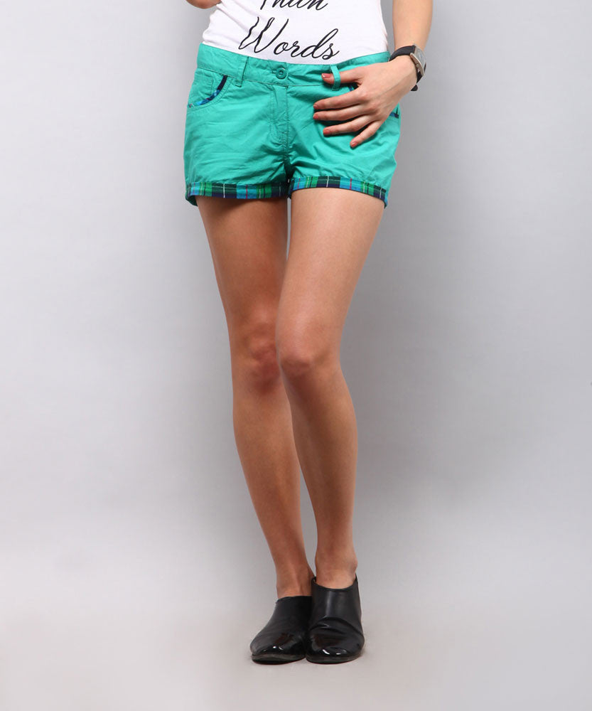 Yepme Marina Solid Shorts - Green