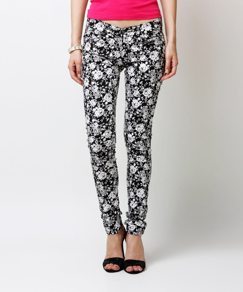 Yepme Estella Printed Pants - Black & White