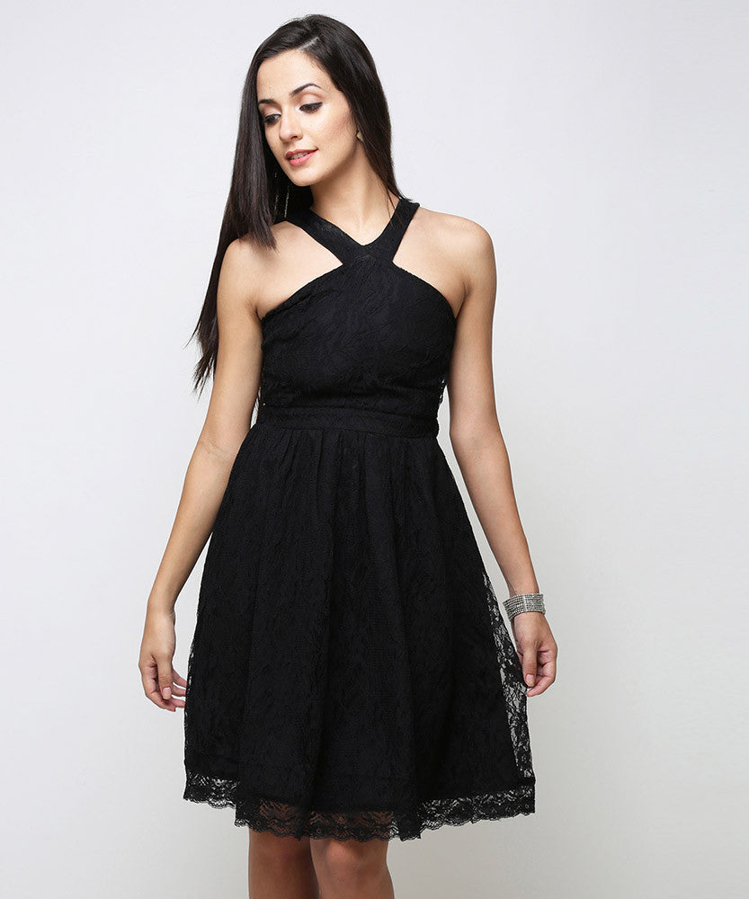 Yepme Kylie Slim Fit Lace Dress - Black