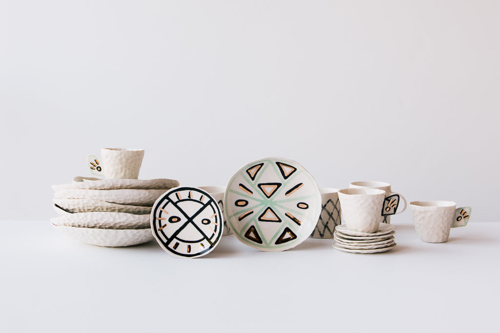 Cybèle B. Pilon ceramics are sold online by Chic & Basta.