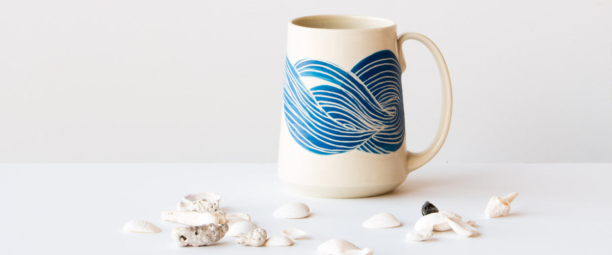 Modern and contemporary handmade ceramics and pottery items from Valérie Legrand. Available on Chic & Basta.