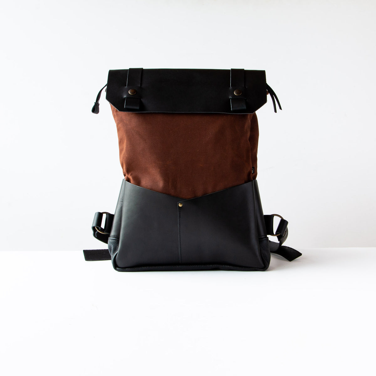 Andes - Handmade Laptop Backpack - Leather & Waxed Cotton - Sold by Chic & Basta
