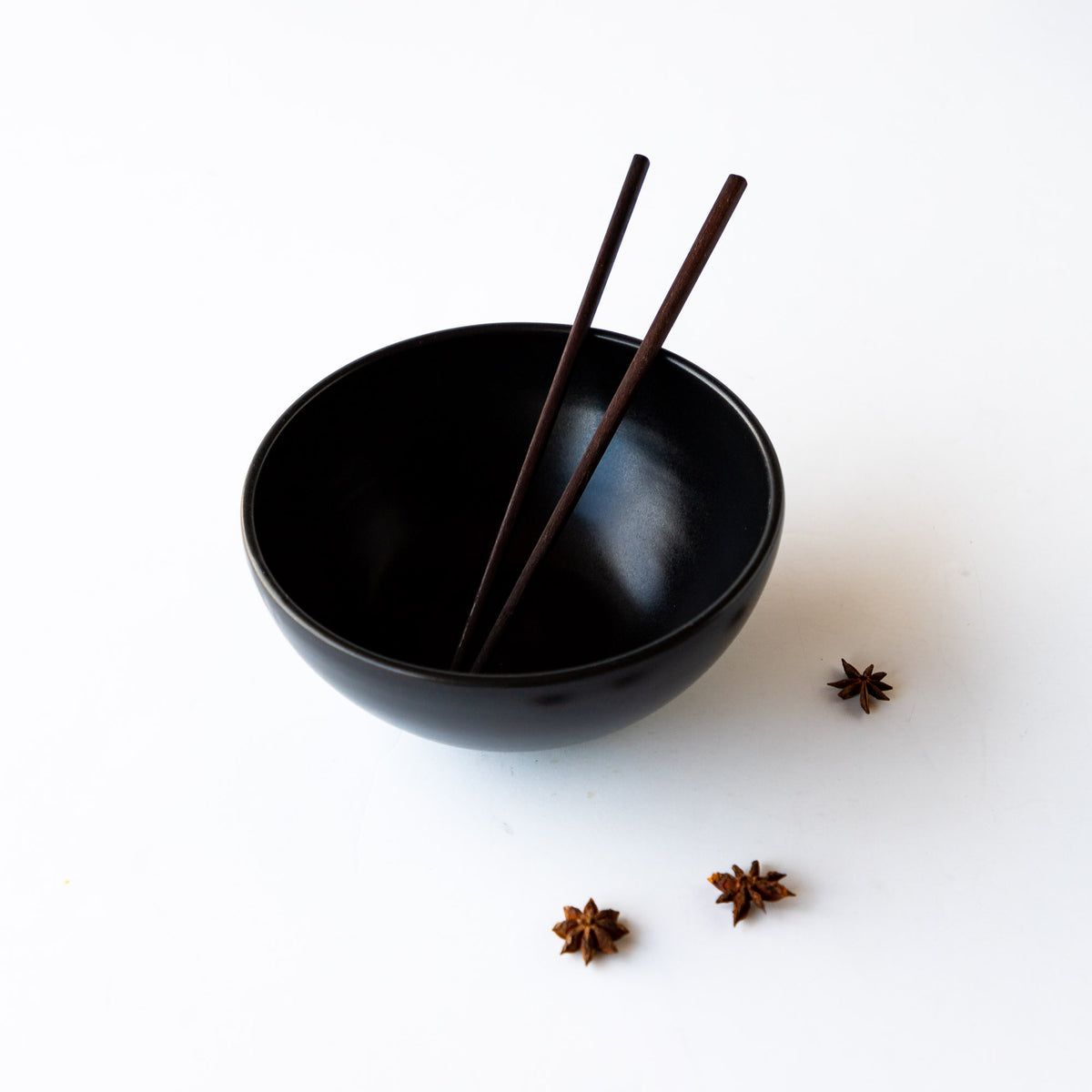 Top View - Large Handmade Poke Bowl in Black Satin Glazed Porcelain - Sold by Chic & Basta