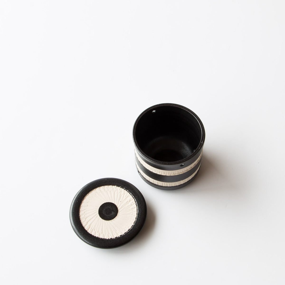 Top View - Black & White Handmade Porcelain Ceramic Garlic Keeper - Sold by Chic & Basta