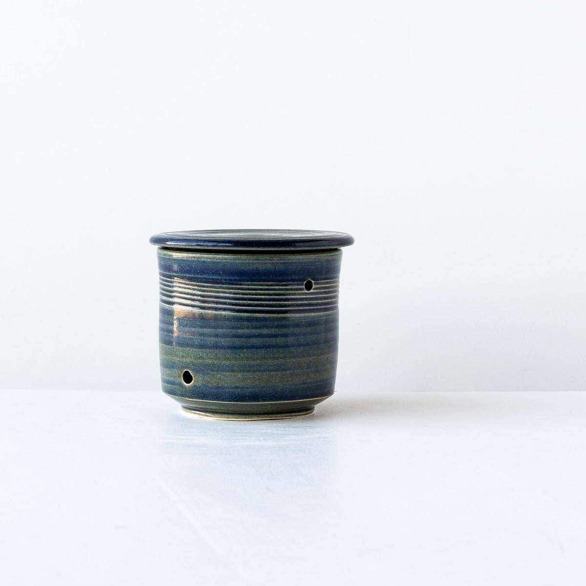 Ceramic Garlic Keeper Handmade in Blue Porcelain - Sold by Chic & Basta