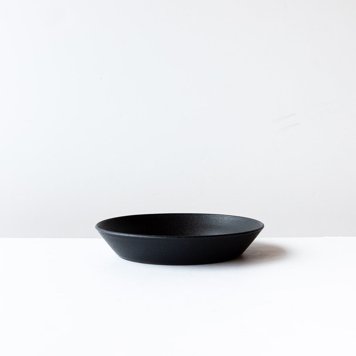 Side View - Black 9 Inch Handmade Stoneware Pie Plate / Pan Dish - Sold by Chic & Basta