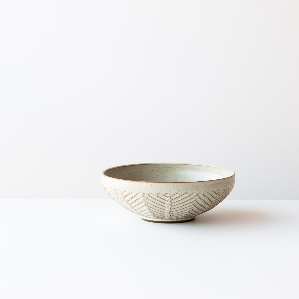 Greige Colour - Handmade Herringbone Pattern Ceramic Bowl - Handmade in Canada By Christian Roy - Chic & Basta