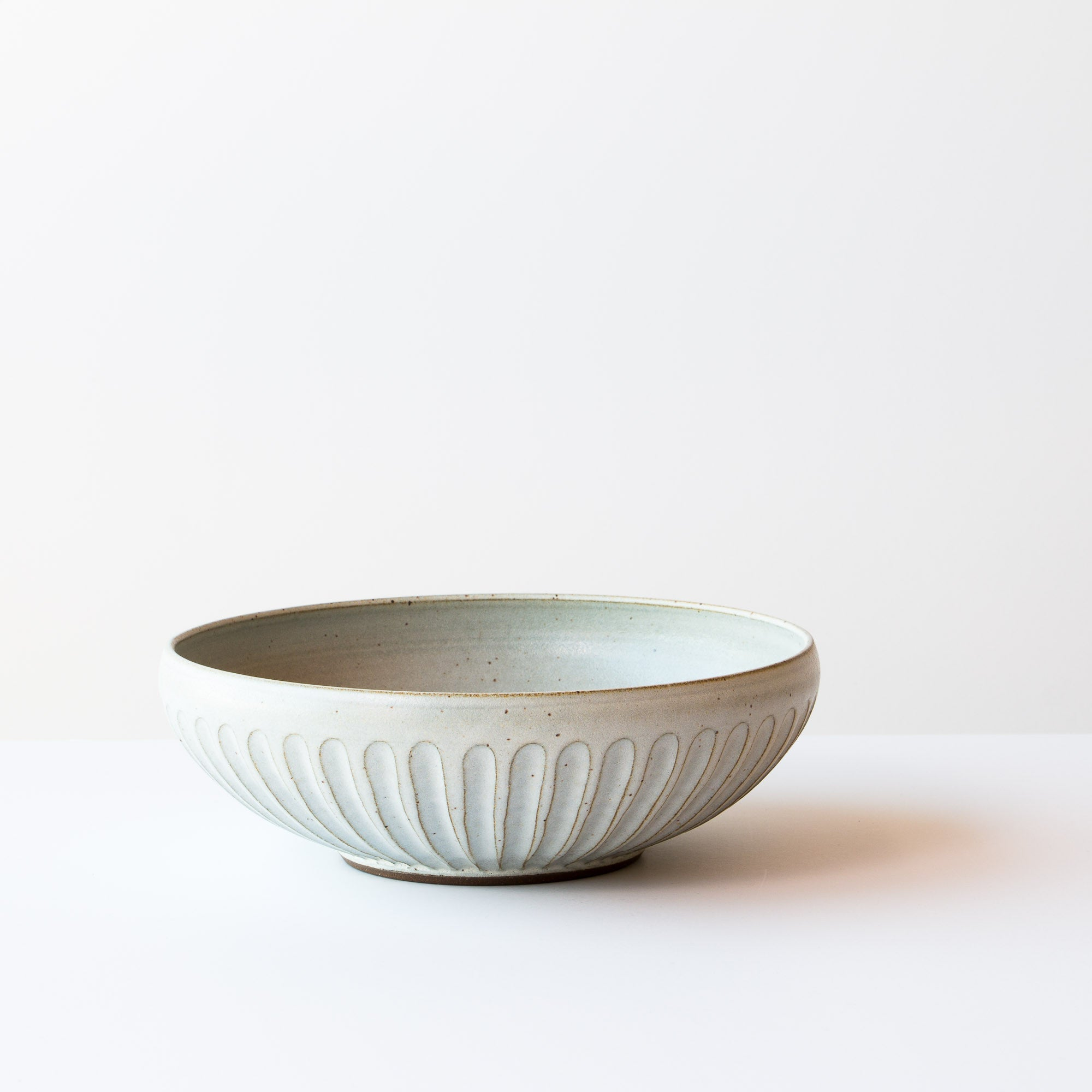 Handmade Contemporary Ceramic Bowl - Hand Thrown in Canada - Chic & Basta