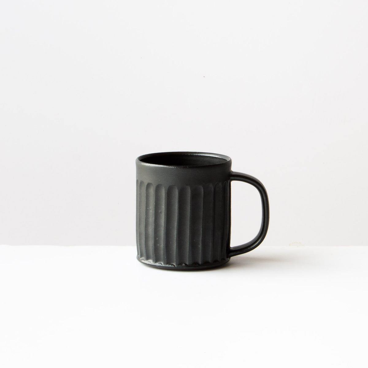 Black Colour - Hand Thrown Ceramic Coffee Mug - Handmade in Quebec by Christian Roy - Chic & Basta
