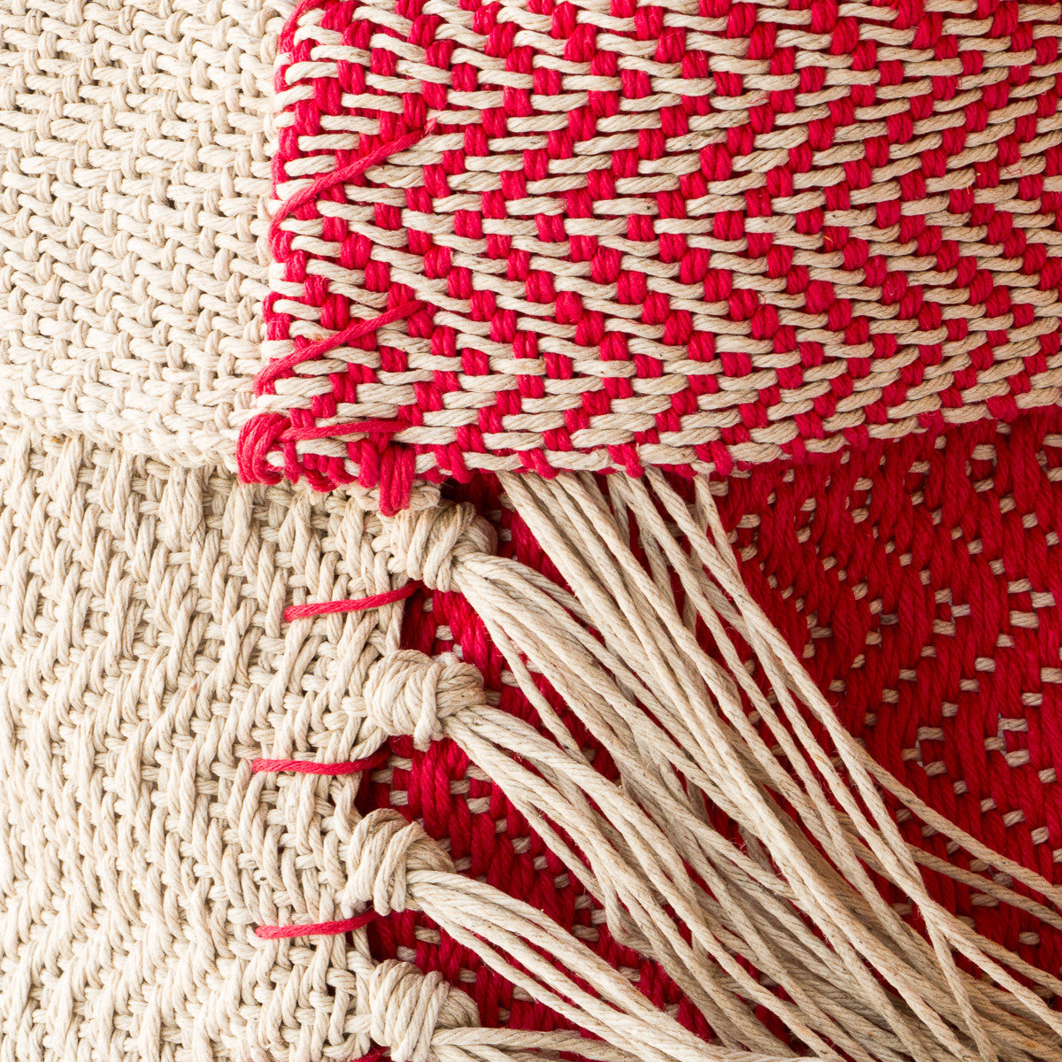 Handwoven Red and Ecru Hemp Pattern - Chic & Basta