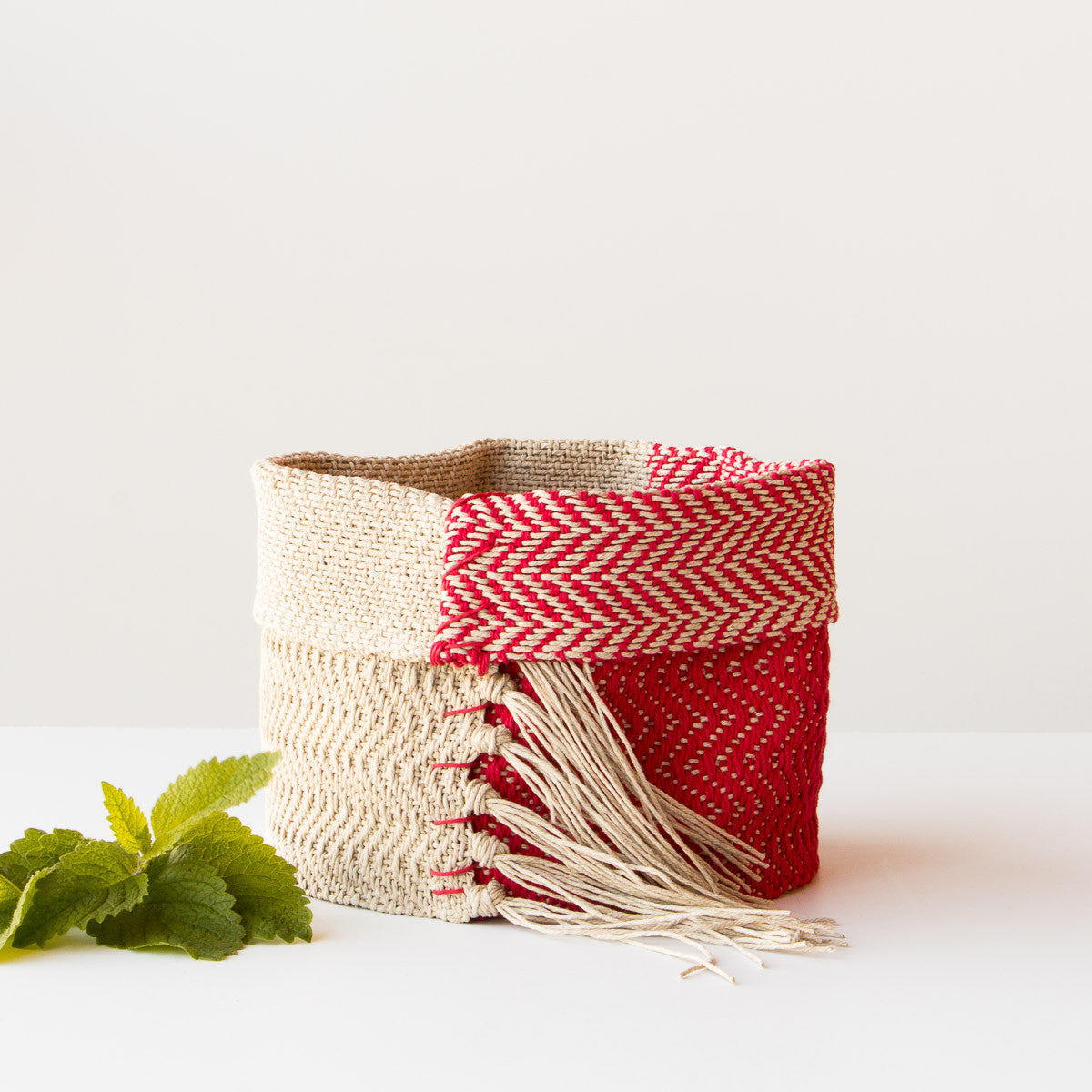 Hemp Table Basket - Handwoven in Montreal, Quebec, Canada - Chic & Basta