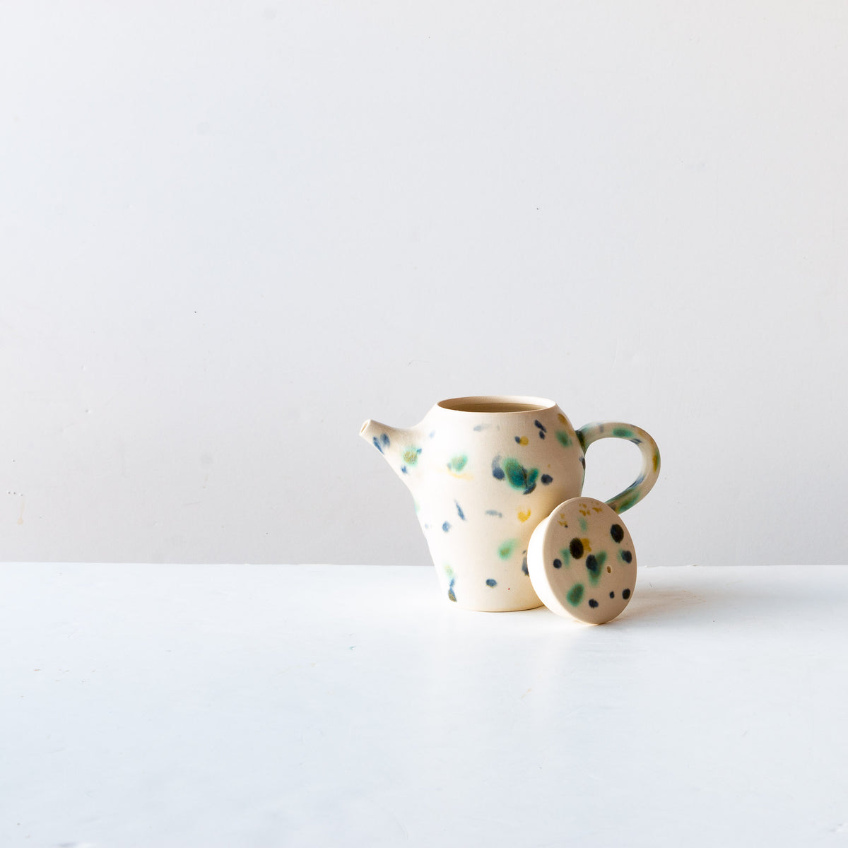 Hanabira - Small Handmade Ceramic Teapot With Lid - Sold by Chic & Basta
