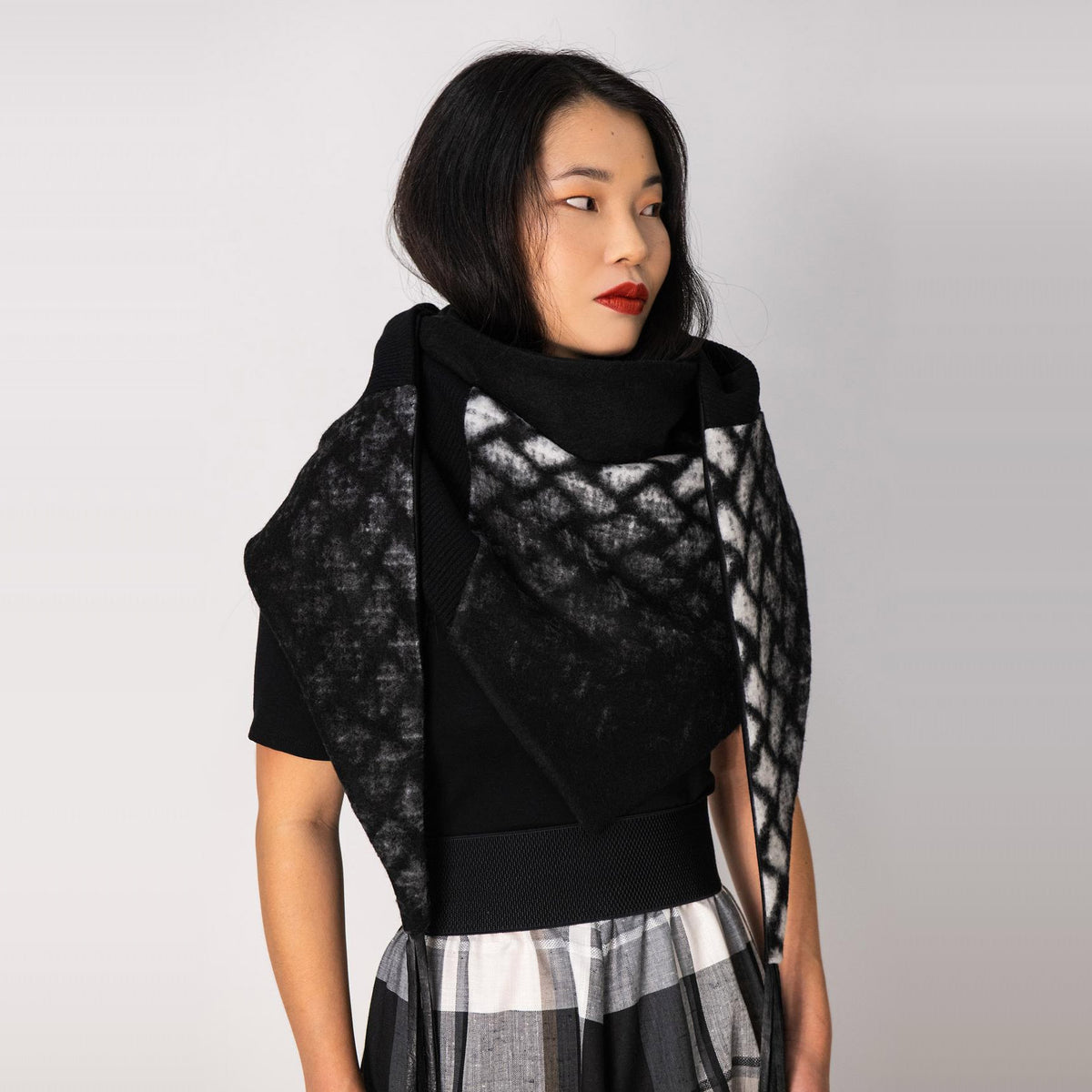 Model Wearing a Indiana Scarf / Shawl - Black & White Diamond - Sold by Chic & Basta