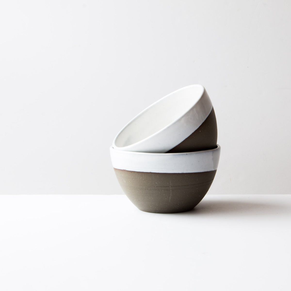 Grey Clay - Creamy White Glaze - Large Ceramic Soup Bowls - Handmade in Québec - Sold by Chic & Basta