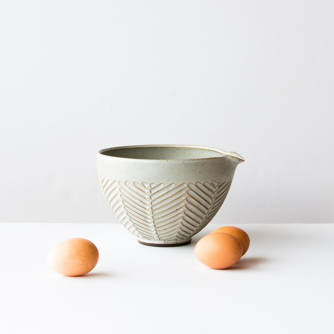 Large Mixing Bowl - Herringbone Pattern