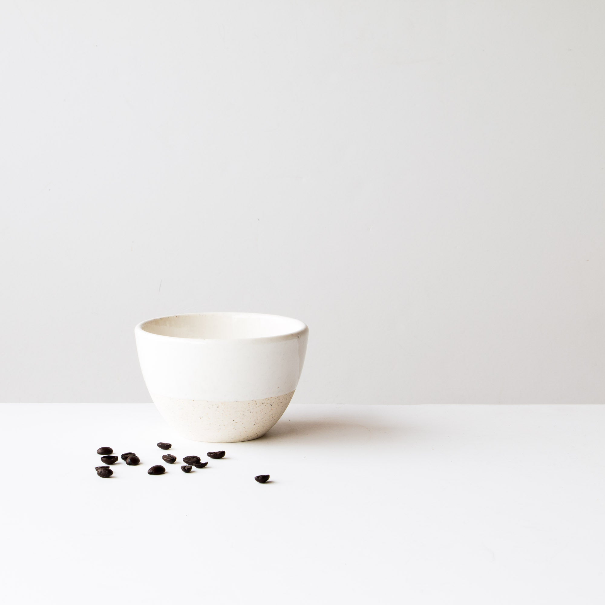 Latté Ceramic Bowl (Oatmeal Clay - Soft White Glaze) - Handmade in Quebec